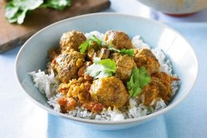 Meatball korma curry
