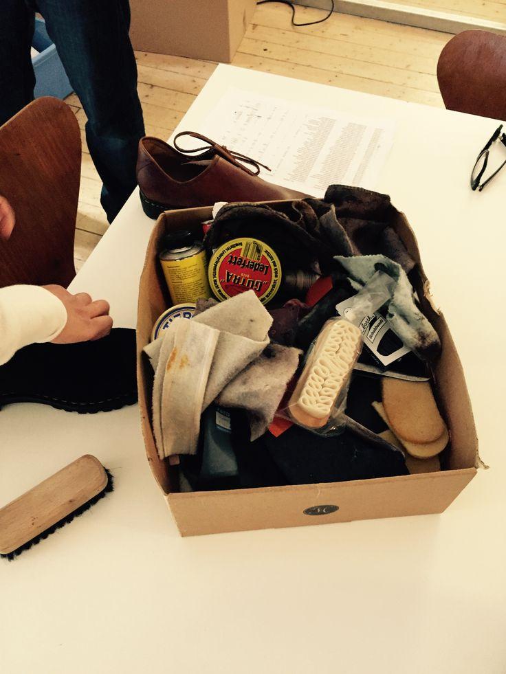 Alles was man braucht für saubere Schuhe.  #shoes #haferl