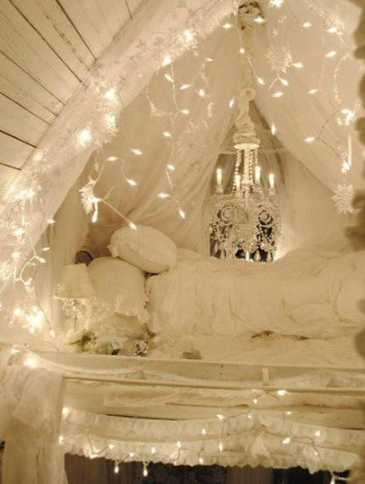 Lofted fort. Can I get such a romantic bed for my fiancé and I ? It would be awesome on holidays !!!