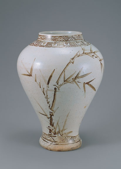 [Joseon Dynasty, 17th Century] White Porcelain Jar
