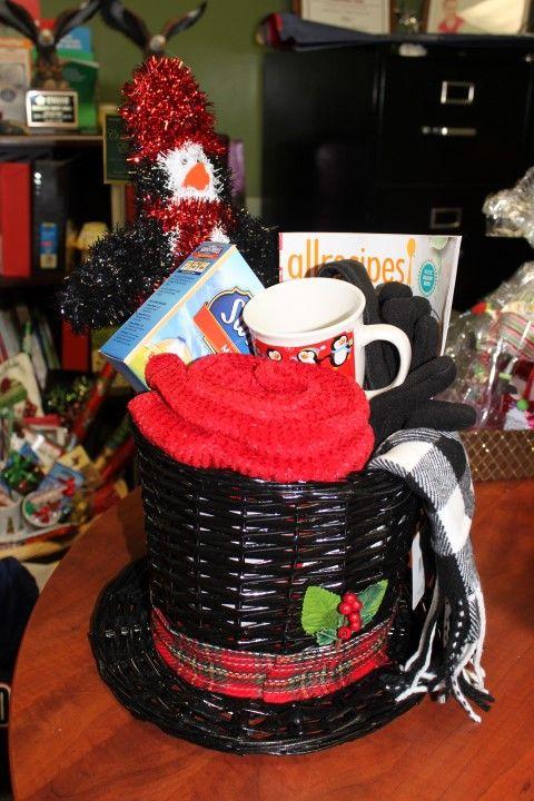 9 A Frosty Night Basket Frosty Hat Basket Penguin