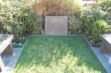 Farrah Fawcett's grave