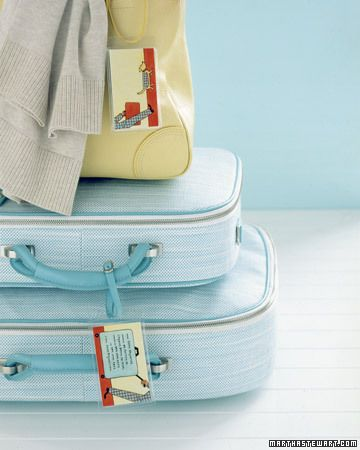 10 ways to avoid lost luggage