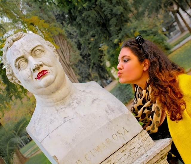 Kisses in Rome