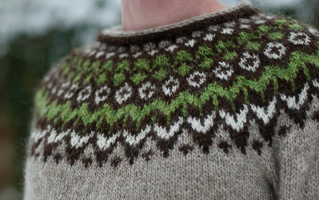 Riddari by JoHunter, via Flickr Light beige chocolate spring green white Love addition of green to sleeves!!!!