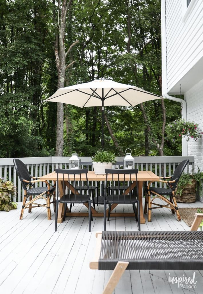Modern Country Colonial Deck Styling