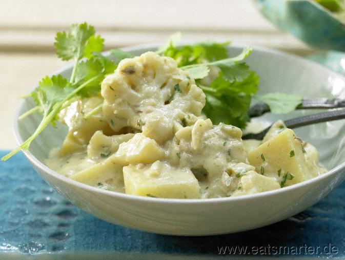 Kartoffel-Blumenkohl-Curry auf indische Art - smarter - Kalorien: 322 Kcal | Zeit: 35 min.