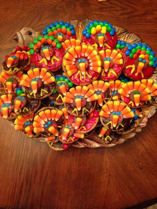 Cute turkey cookies for Thanksgiving!