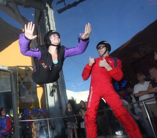 תמונה של ‪iFLY Hollywood Indoor Skydiving‬