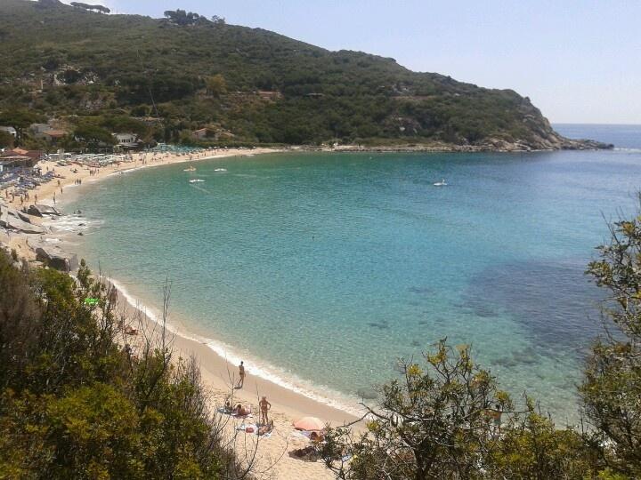Cavoli beach