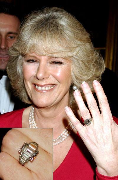 9. Камилла Паркер Боулз (Camilla Parker-Bowles) Стоимость: $1 млн Платиновое кольцо подарено Принцем Чарльзом.