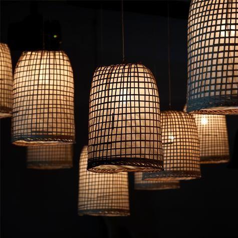 http://www.artemano.ca/produit/120-30-lampe-suspendue-en-bambou-et-papier-de-riz.html