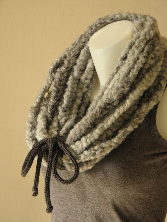 Necklace snood woolen By Bahia Del Sol by KateDeslong on Etsy, €55.00