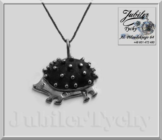 Srebrny oksydowany wisiorek Jeż 🐢💎 #Srebrny #wisiorek #oksydowany #Jeż #Srebrne #Jeże #Silver #Erinaceus #wisiorki ze #srebra #przywieszki #Jeżowate #biżuteria #Srebrna #oksyda #jubilertychy #Jubiler #Tychy #Jeweller #hedgehog #Tyski #Złotnik #Zaprasza #Promocje:  ➡ jubilertychy.pl/promocje