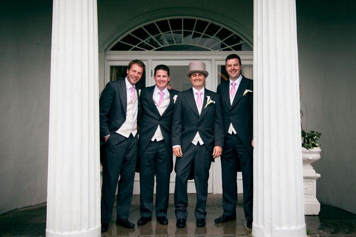 http://www.couple.ie/2013/07/wedding-photos-glasson-golf-hotel/