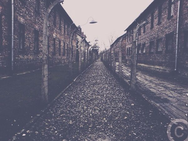 Auschwitz prisoner camp back in 2007.   #ww2#holocaust#auschwitz#arbeitmachtfrei#poland#historical#history#war#depression#prisonercamp#nachtundnebenlager#spring#horribleactions#cruelty#equality#staytogether#learnfromhistory