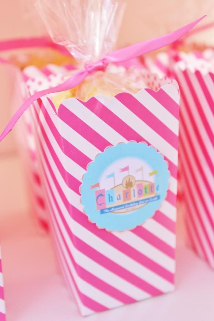 Vintage Disneyland Party via Kara's Party Ideas