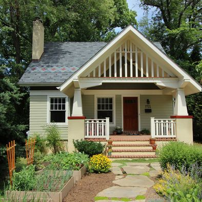 Exterior Photos Craftsman Bungalow Design, Pictures, Remodel, Decor and Ideas - page 11