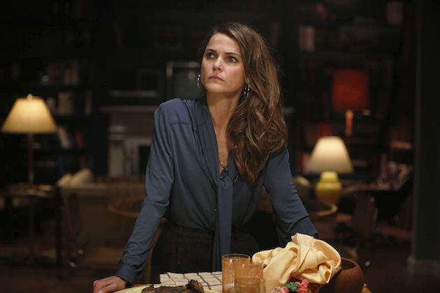 "THE AMERICANS -- ""Dimebag"" Episode 304 Pictured: Keri Russell as Elizabeth Jennings. CR: Craig Blankenhorn/FX"