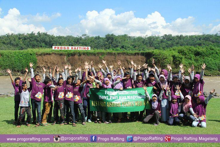 Terimakasih kepada SD IT 'ASYIYAH KLATEN telah mengikuti kegiatan Family Gathering di Progo Xventours  www.progorafting.com www.arungjerameloprogo.com #Magelang #ArungJeramMagelang #ArungJeram #Rafting #ProgoRafting #WisataMagelang #WisataIndonesia #Indonesia #JawaTengah #outbound #familygathering #teamwork #teambuilding #seru #happy #outboundSD #WisataOutbound #edukasi #studytour