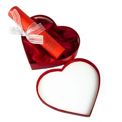 Bakın sevdikleriniz tarihin akışını nasıl değiştirmiş! O doğduğu gün bir ekmek kaç liraydı? Asgari ücret ne kadardı? TIME dergisinin kapağında kim vardı? Kalp Kutuda Doğum Günü Takvimi yakınlarınızın doğdukları güne verdiğiniz önemi göstererek sevginizi ifade etmenin eğlenceli bir yolu. http://www.buldumbuldum.com/hediye/kalp_kutuda_dogum_gunu_takvimi/