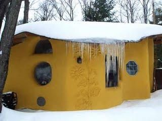 Straw bale home - UNIVERSITY OF WATERLOO SUSTAINABILITY PROJECT
