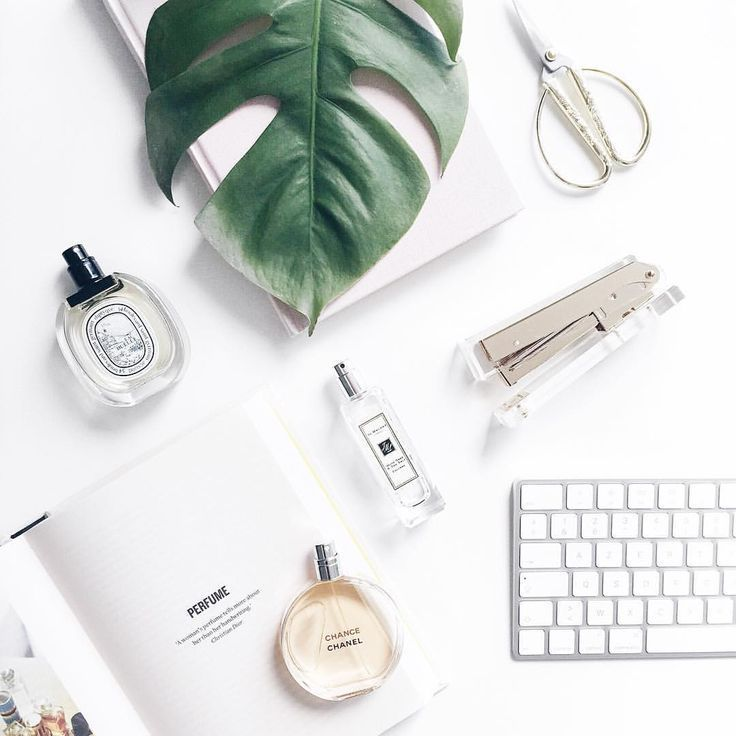 Fresh week calls for fresh scents!ICYMI, I'm talking about perfume layering on http://thatsaleaf.com! What's your current favourite scent? #thatsaleafFLAT