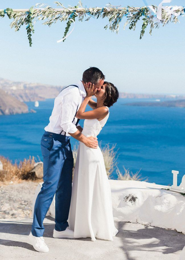 Santorini destination wedding | see more at http://fabyoubliss.com (44)