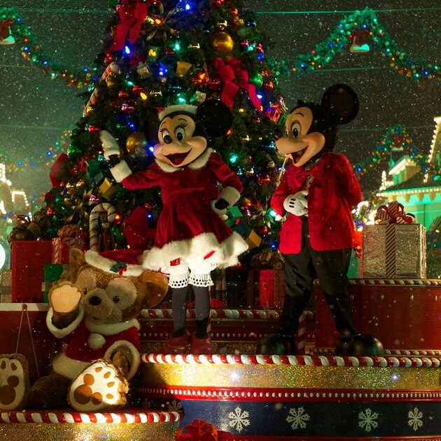 42 best Christmas parade images on Pinterest | Christmas parties ...