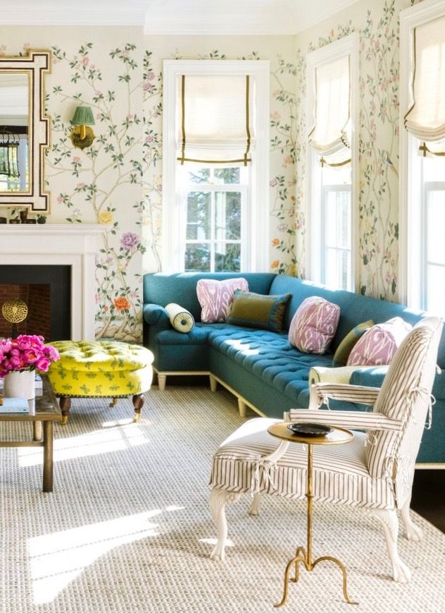 I've been swooning over this Ashley Whittaker project on the cover of the March 2018 issue of House Beautiful. The gorgeous Greek Revival home is located in Darien, Connecticut and serves as a weekend escape for Whittaker's lucky clients. The New York-based interior designer began with the living room's de Gournay chinoiserie walls and clearly, …