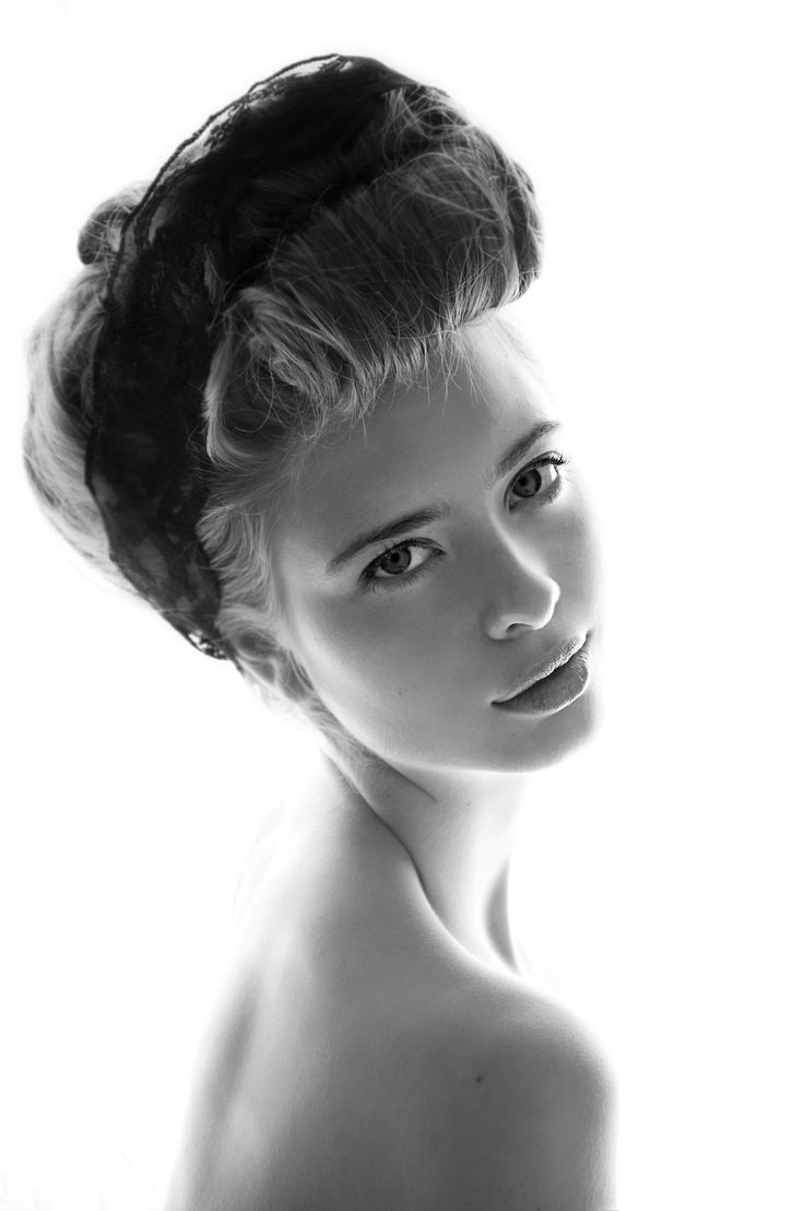 Another favorite of Ashlyn Pearce. Hair, makeup and nails by Bethany Ruck.    ©Lindsey Boice 2011  www.LindseyBoice.com