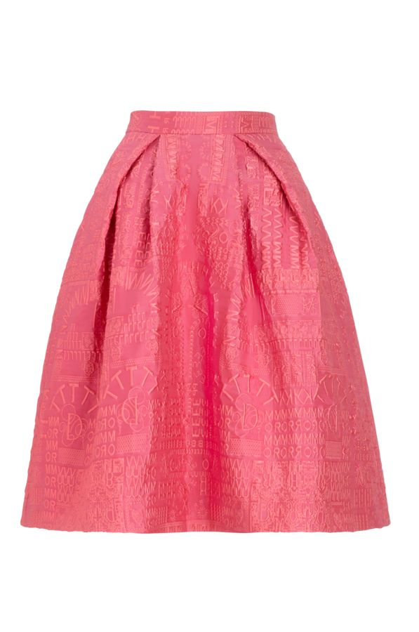 The dazzling pink alphabet jacquard of this Nevis Skirt immediately catches your eye and makes a big impression with the voluminous full skirt, which sits just below the knee.