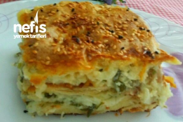 Nefis Su Böreği Tadında Puf Puf Peynirli Tepsi Böreği