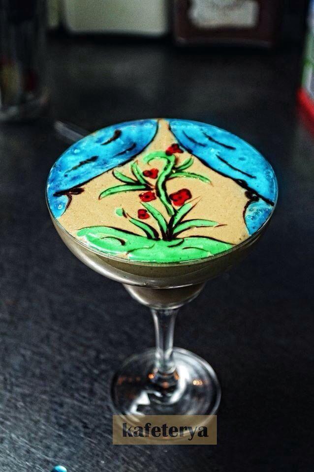 Latte art corner flower