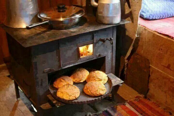 Kuzine soba ve ekmek