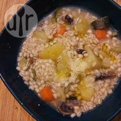 Foto della ricetta: Minestra di orzo con patate e funghi