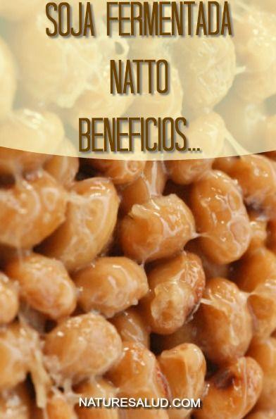 El Natto es un alimento de origen Japonés resultado de la fermentación de las habas de soja, este peculiar alimento de olor fuerte, penetrante y textura pegajosa contiene más gienisteína que cualquier otro producto tradicional de la soja.