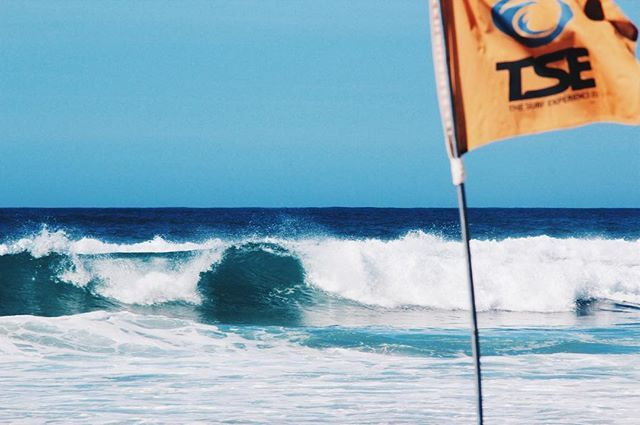 Surfer spot in PORTUGAL 🌊 💙..#portugal #surfersparadise #surfing #algarve #travelphotography #naturephotography #portimão #lagos #sagres #happysaturday # #atlantic #portugallovers #travelblogger #wanderlust #globetrotter #travelbug