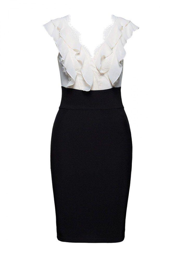 Kleid von Lipsy