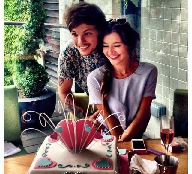 AWW this is toooooooo cute!!!!! I love them! <3 I can't handle this!