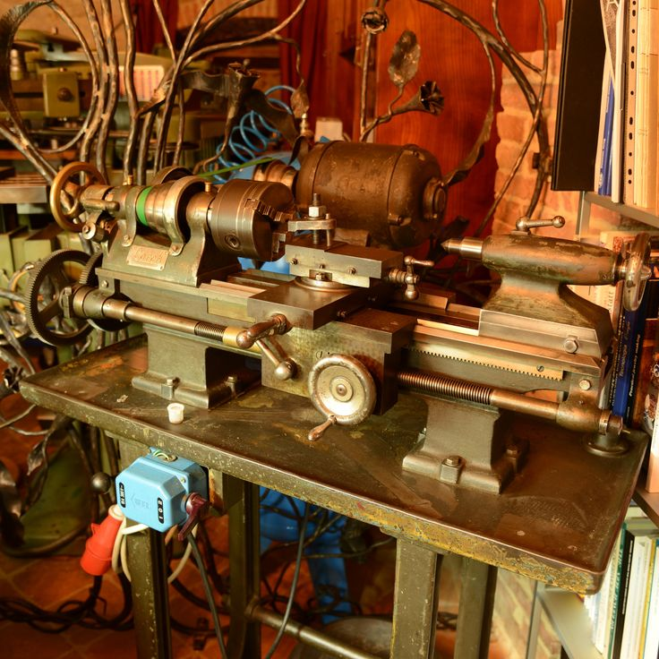 My atelier: a Lorch screw cutting lathe