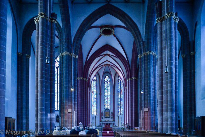 シャガールの幻想的な青!ドイツ・マインツ「聖シュテファン教会」   ドイツ   トラベルjp<たびねす>