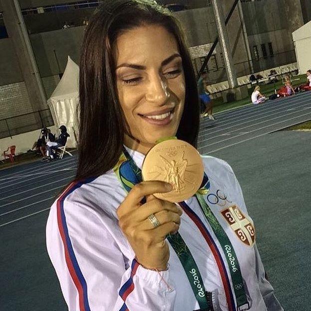 Prelepoj @ivanaspanovic čestitamo medalju #ivanaspanovic #serbia #proud #longjump #olimpiadas2016 #rio2016 #olympics #olympicgames #womenslongjump #goldengirl #champion #bronzemedal