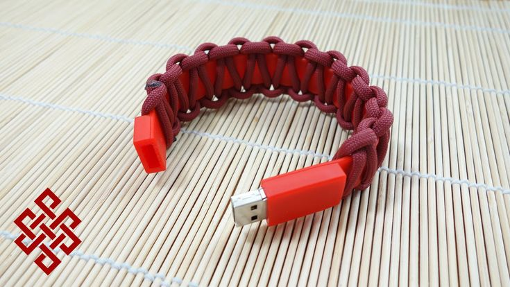 USB Paracord Bracelet Tutorial                                                                                                                                                                                 More
