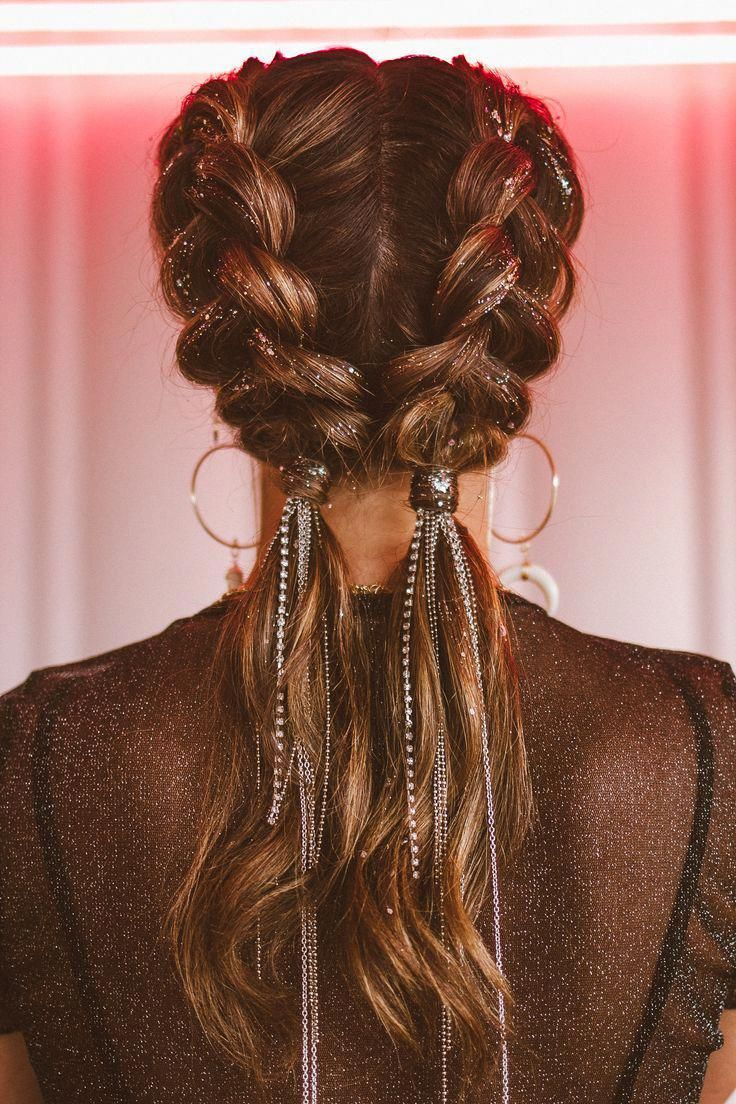 Coachella hair for 2019 braids with jewels by ANYA Braid Bar - #ANYA #bar #Braid #braids #Coachella #hair #jewels