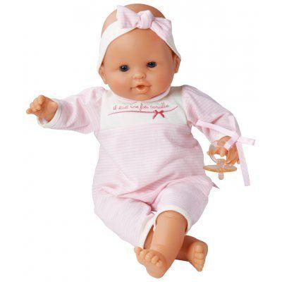 Een echte klassieker deze prachtige babypop van het merk Corolle. De pop heeft ogen die sluiten als de pop moet slapen. Deze pop kan rechtop zitten. Ook heeft ze haar eigen speentje. Als ze vies wordt geeft dat niet want ze wasbaar met de hand. Nu draagt ze een pyama, maar er zijn ook leuke kledingsetjes voor haar.  http://www.benjaminbengel.com/poppen/1101268-klassieke-babypop-36-cm-roze-746775014285.html