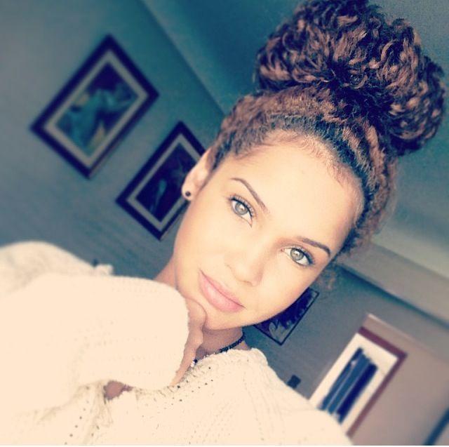 Cheveux crépus : 25 idées tendances pour se coiffer | Glamour