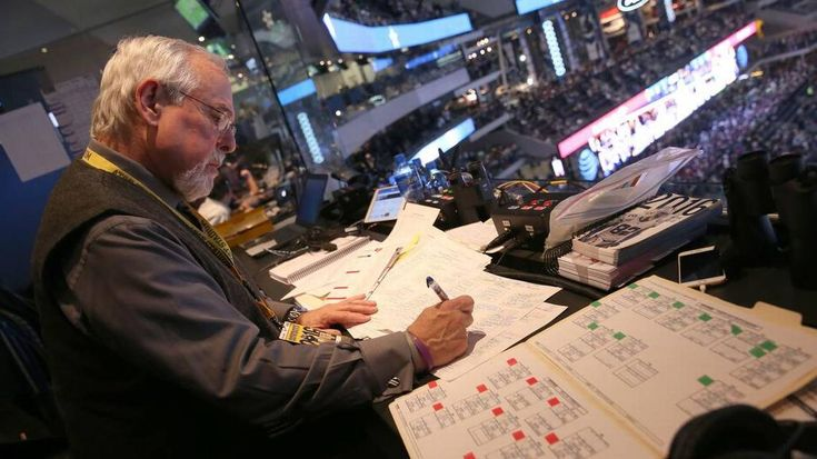 Can you hear me now? Sports radio still evolving as a voice for fans
