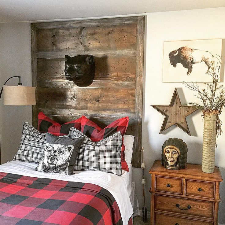 """""""Okay, last picture of my son's room, I promise. I found the cutest bear head…"""