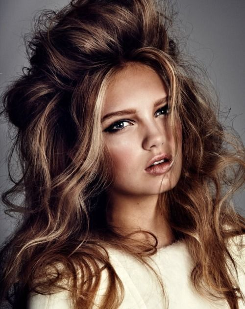 The hair is MAJOR! LOVE it!: Hairstyles, Hair Colors, Messy Hair, Bighair, Haircolor, Wavy Hair, Beds Head, Big Hair, Hair Style